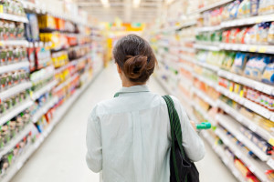 Why you need to shop the middle aisles of the supermarket and how to do it wisely.