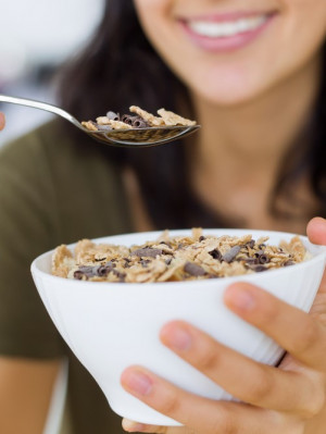 10 easy ways for women to boost fibre