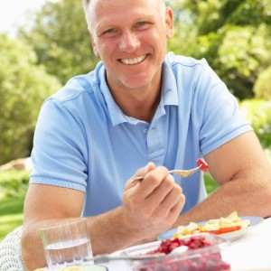 A day's eating plan to lower your man's cholesterol