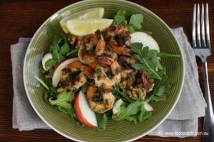 Prawn, rocket, boconcini and walnut salad