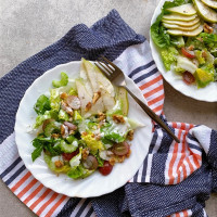 'Waldorf' Pear Salad