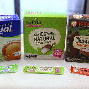Product Review: Stevia and monkfruit sachets side-by-side